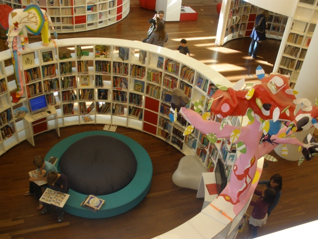 Biblioteka w Amsterdamie (OPA) .Strefa dla dzieci